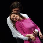 «Ложные признания» в Театре Пушкина — спектакль о том, чего хочет женщина