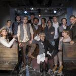 Шесть историй и восемь персонажей в новом спектакле-притче Театра Вахтангова